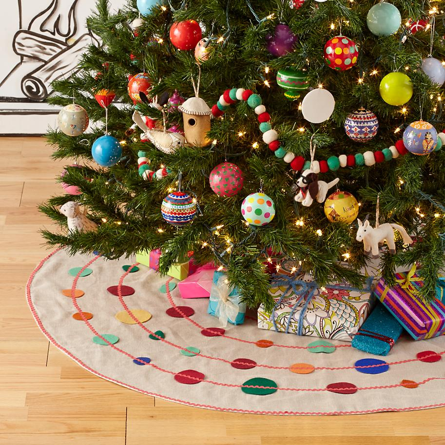 Connect the Dots Tree Skirt for Land of Nod